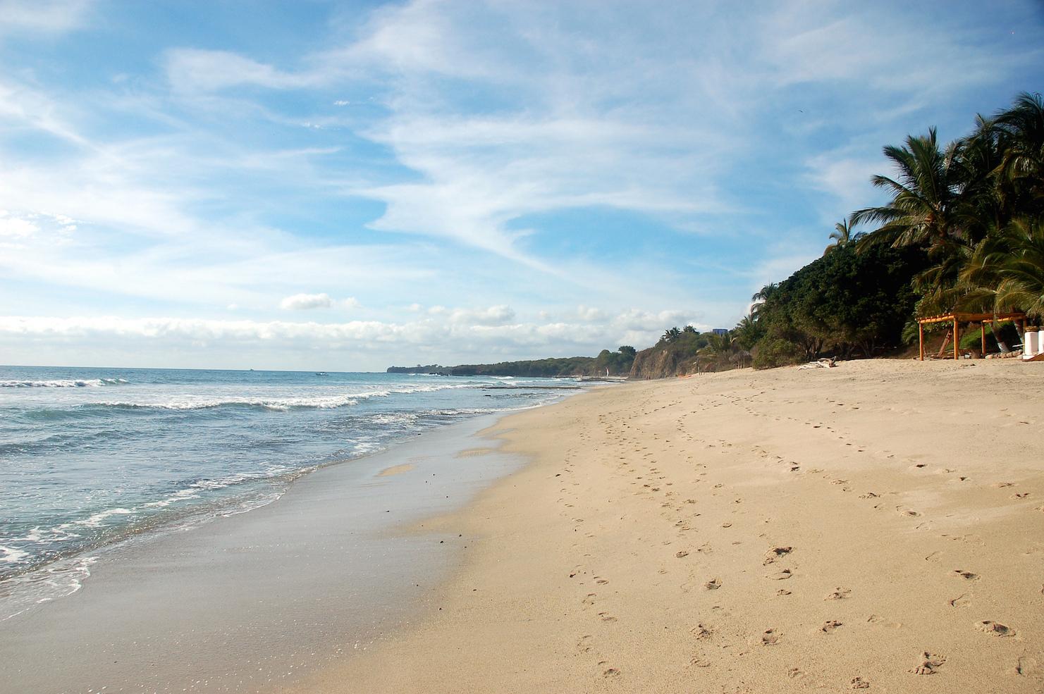 Playa-de-Puerto-Vallarta.jpg