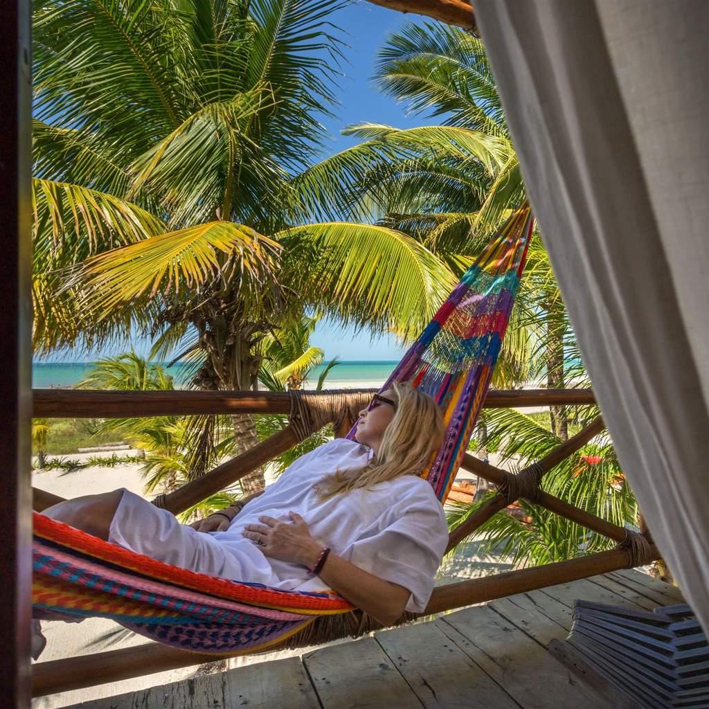 Playa-Casa-Sandra-Holbox.jpg