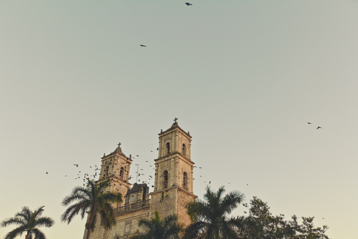 Catedral-de-Valladolid-Yucatan.jpg