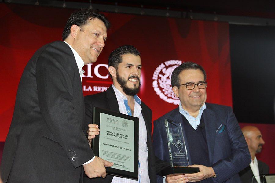 MexicoDestinos-Premio-Nacional-del-Emprendedor-Cancun-Carlos-Langner.jpg